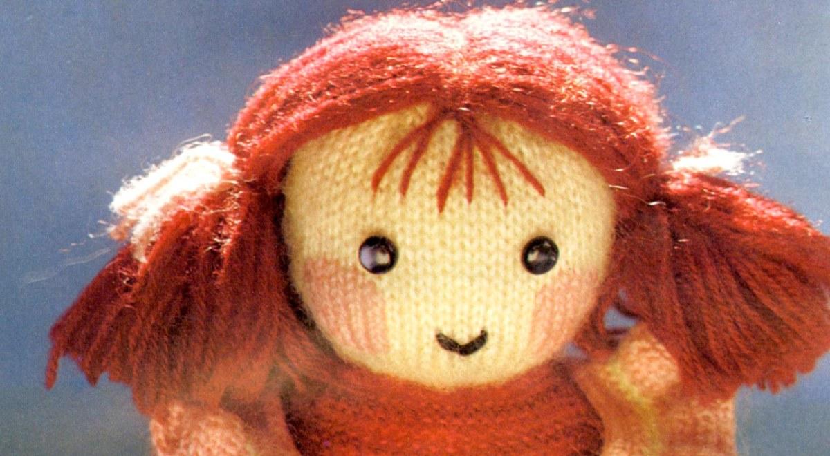 Antigua muñeca a dos agujas