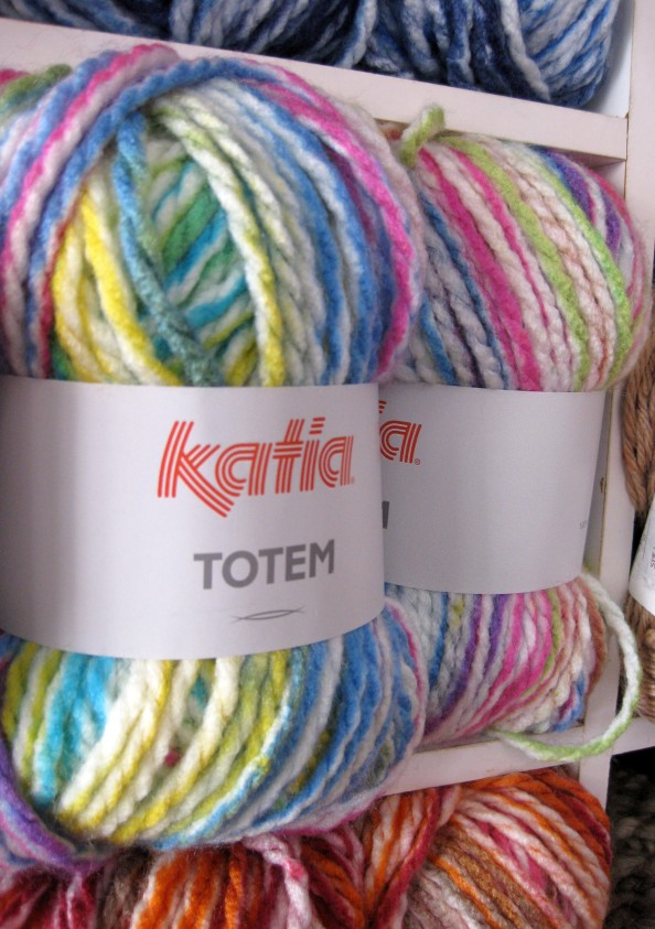 Lana Totem Katia
