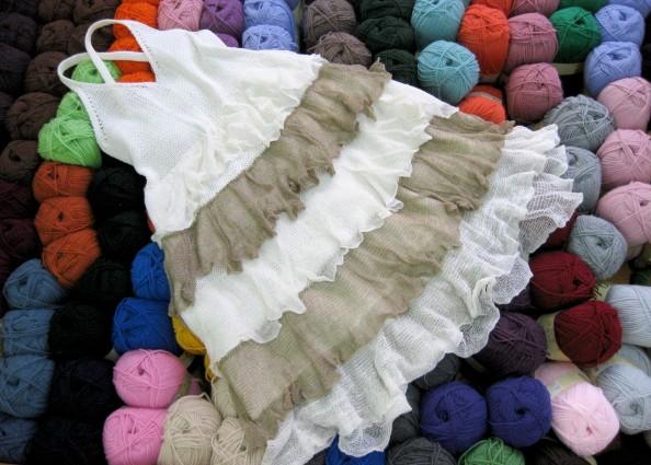 el_hogar_de_las_lanas_vestido_blanco_marron